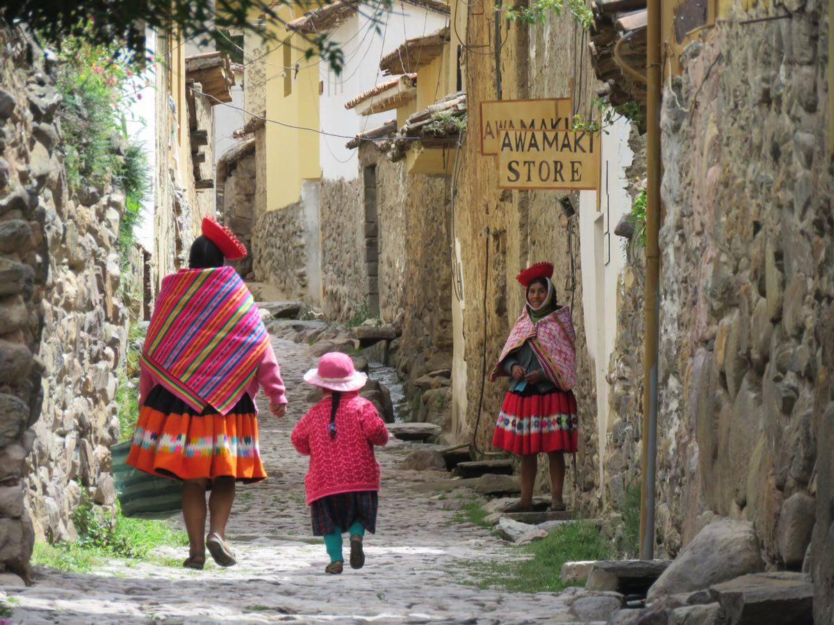رنگ و بوی زندگی دارد این روستا